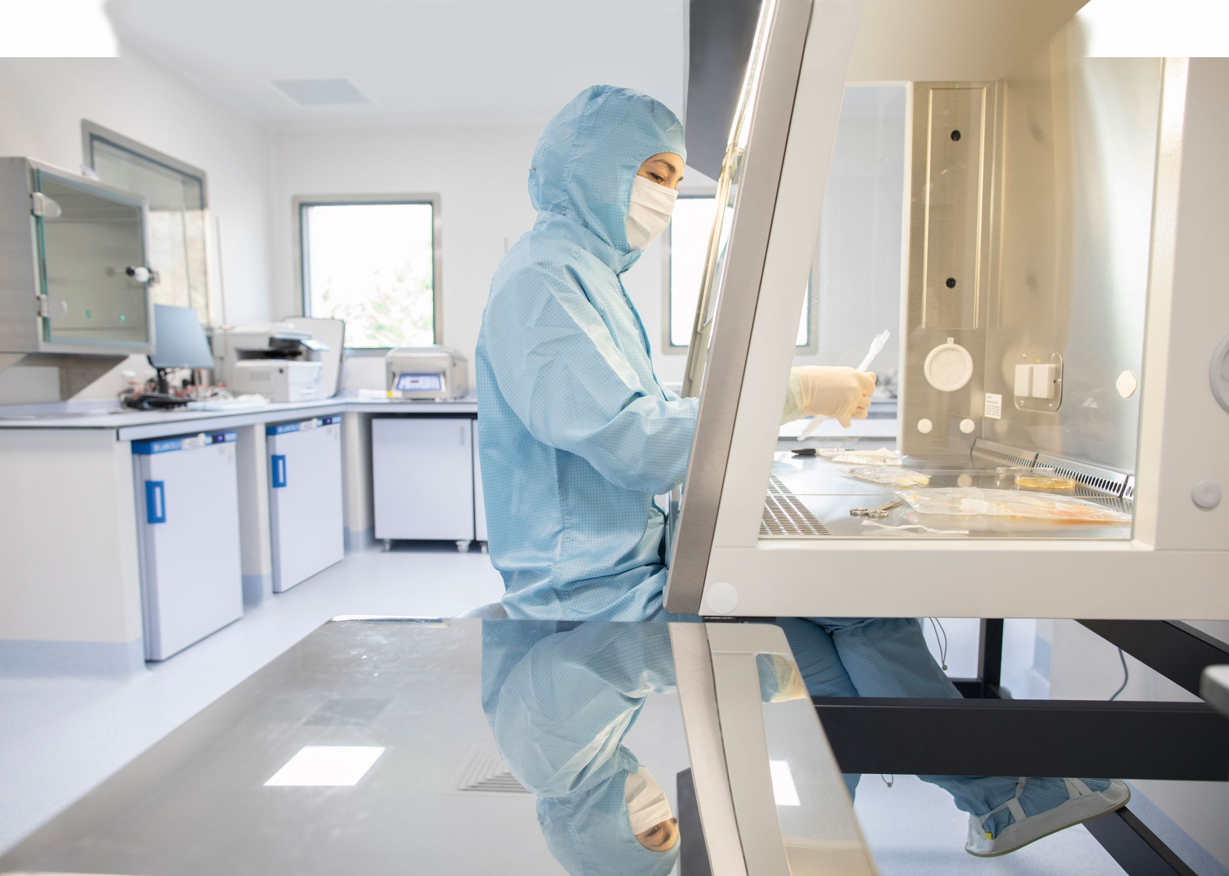 Nurse in PPE in The Royal Marsden's new cellular therapy laboratory