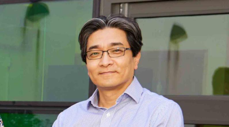 Professor Dae Kim