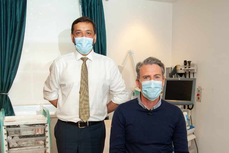 Patient Mark Howell and Surgeon Asif Chaudry